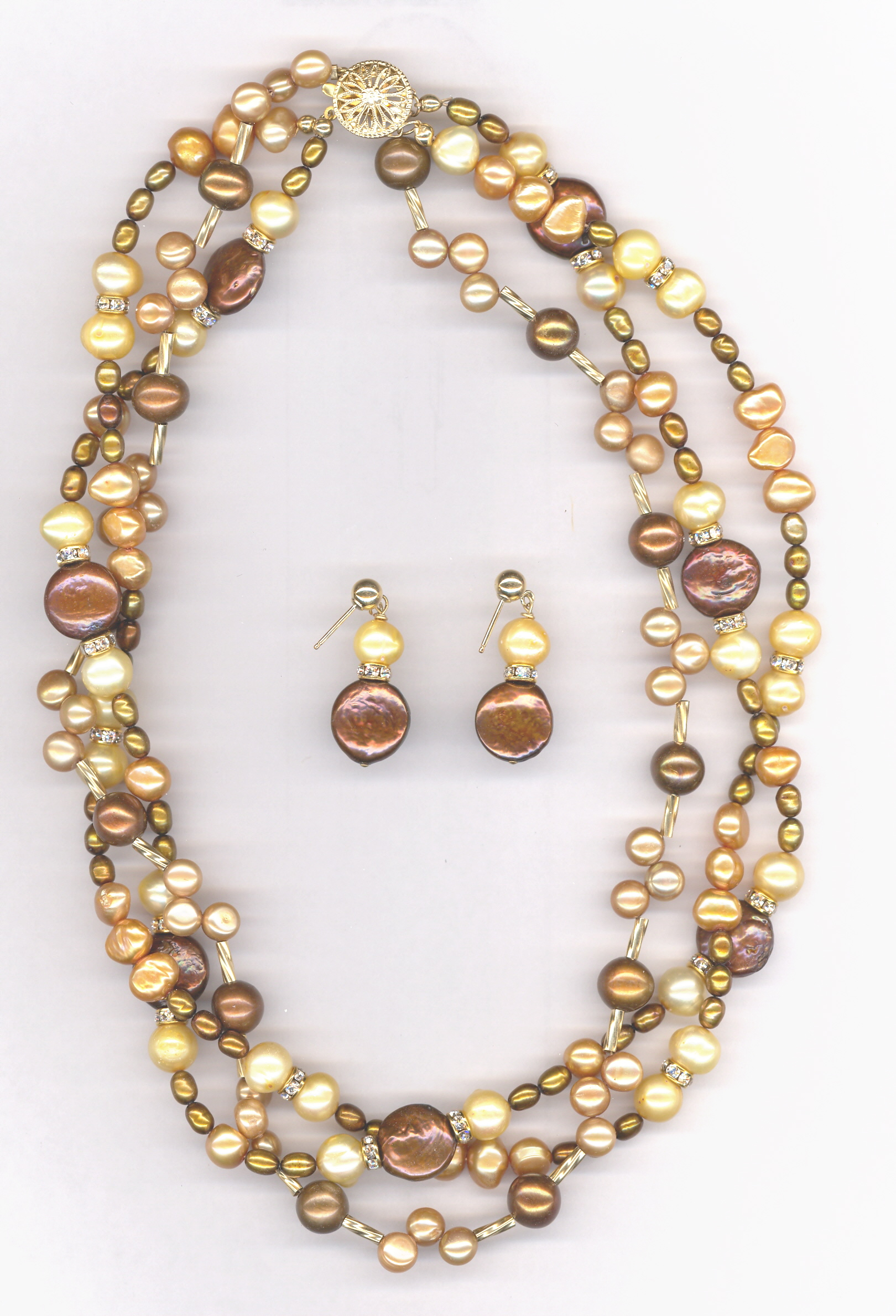 29c74__three_strand_pearl_necklace0001.117114842